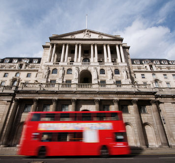Pound Sterling Down Against the Euro and US Dollar as BoE Interest Rate Nerves Kick In