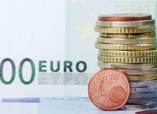 Euro Nears 34-Week Low Following Poor Data as GBP Eyes Up Long-Term Outlook