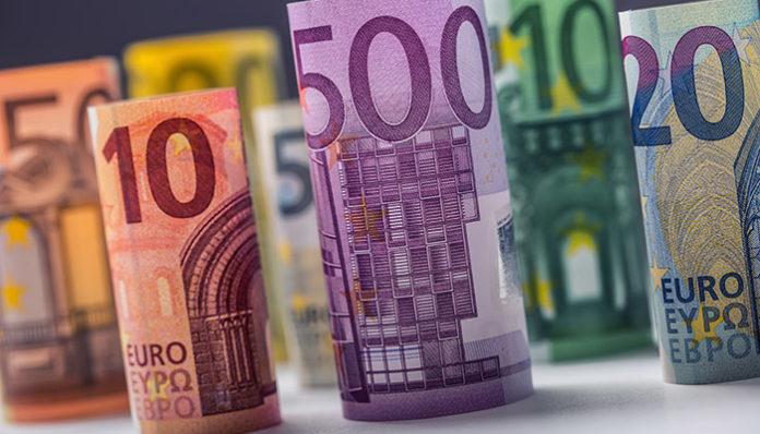 Pound to Euro forecast: When should I buy Euros?