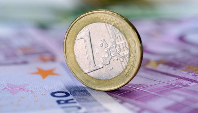 GBP/EUR exchange rates range bound at the start of the trading week