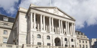 Sterling Gains on Comments from BoE Governor