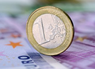 Pound to Euro Exchange Rate: EUR Falls Against the Pound After ECB Announces Massive Quantitative Easing Program