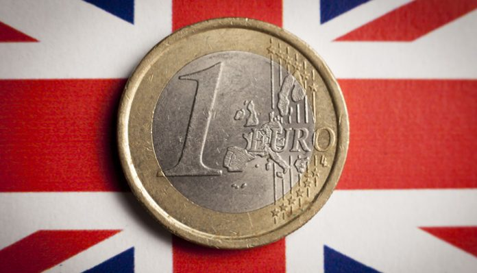 Pound Remains Strong Against the Euro as Eurozone Debt Builds