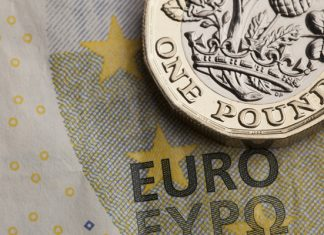 Pound to Euro Consolidates at 10-week High