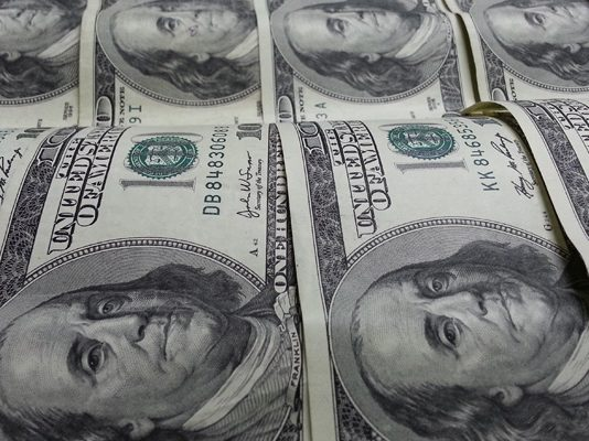 Pound to Dollar Rate Slides to 1.38